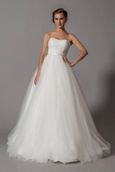 7a831ecd184ff 70+ Wedding Dress for Pregnant Brides Ideas 33 | Dresses