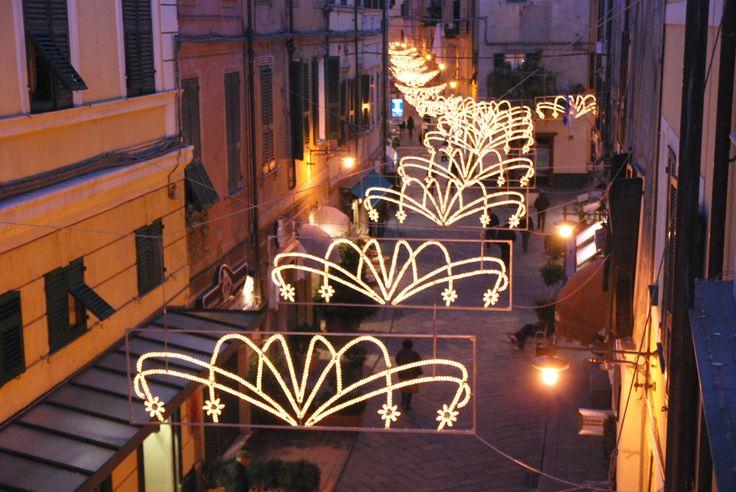 Eventi Natale in Liguria: le feste per tutta la Famiglia  Se in occasione delle vacanze di Natale vuoi soggiornare in Liguria prenota con il portale specializzato per la Liguria. www.liforyou.it Per info: 329.8580990 – oppure info@liforyou.it.