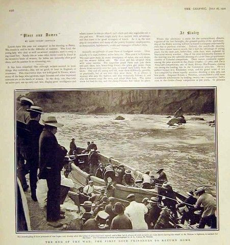 Photos in Photos from Anglo Boere Oorlog/Boer War (1899-1902) POW Saint Helena - Boer POWs disembarking in St Helena.