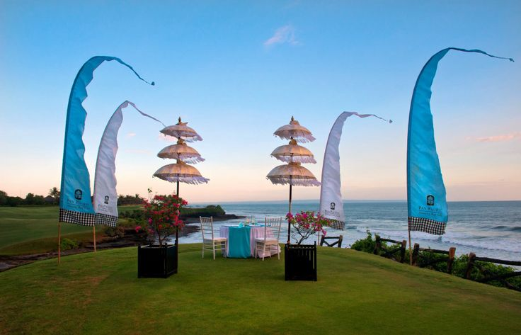 Valentine's Day celebration with the exclusive romantic dinner in our tranquil resort #Bali #Valentine #TanahLot