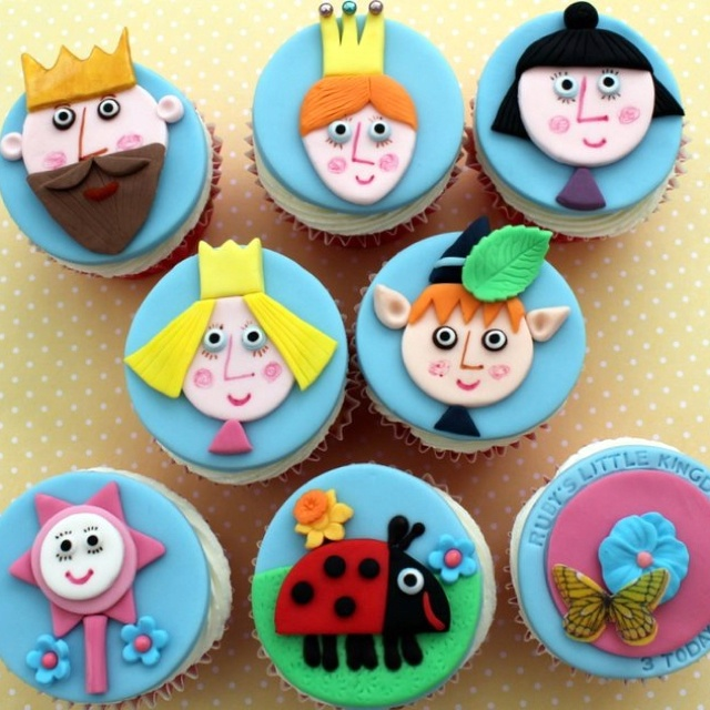 Ben and Holly's Little Kingdom cupcakes. Perfect for a Ben & Holly party.