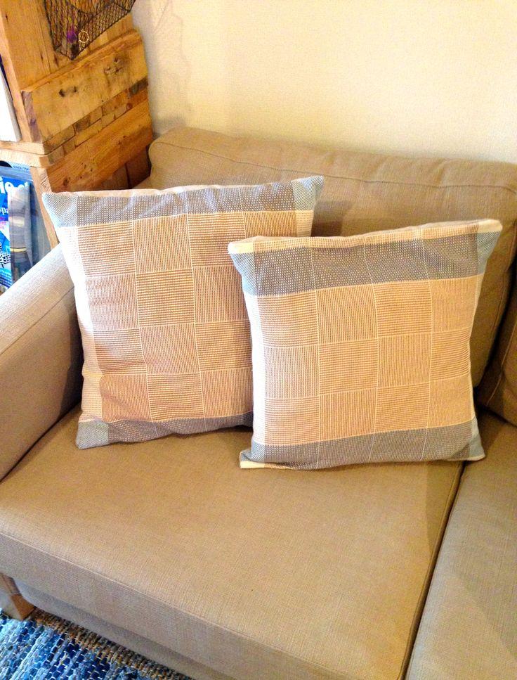 Plain Weave Cushion/手織り/クッション/textile/テキスタイル
