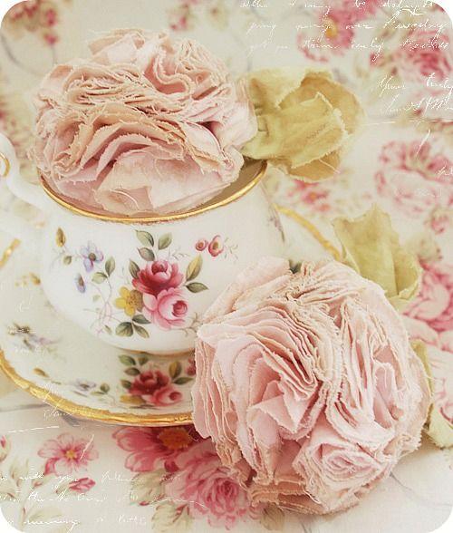 ★DIY: Making Cotton Flowerz: Pink Flowers, Cotton Flowerz, Teas Cups, Cotton Rose, Pale Pink, Cotton Flowers, Shabby Chic Flowers Tutorials, Fabrics Flowers, Diy Clothing Flowers