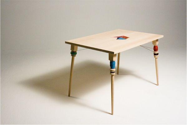 Table à broder Filo par Sofia Souidi