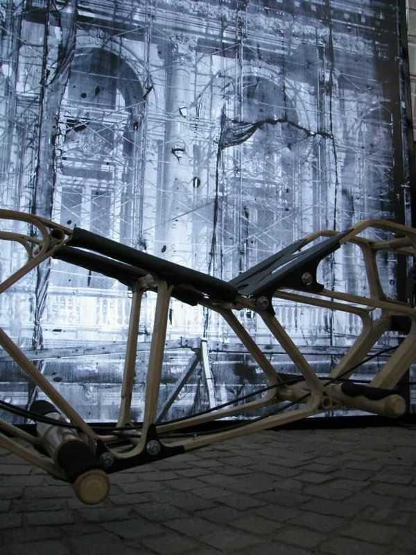 VENOM - Vehículo Unipersonal de Bambú by Julieta Vegas, via Behance  Este Proyecto Participa del Concurso Nacional de Innovaciones INNOVAR 2012. Este año todos podemos votar. Los invito a ayudar y darnos su voto en: http://galeria.innovar.gob.ar/12256. Muchas Gracias