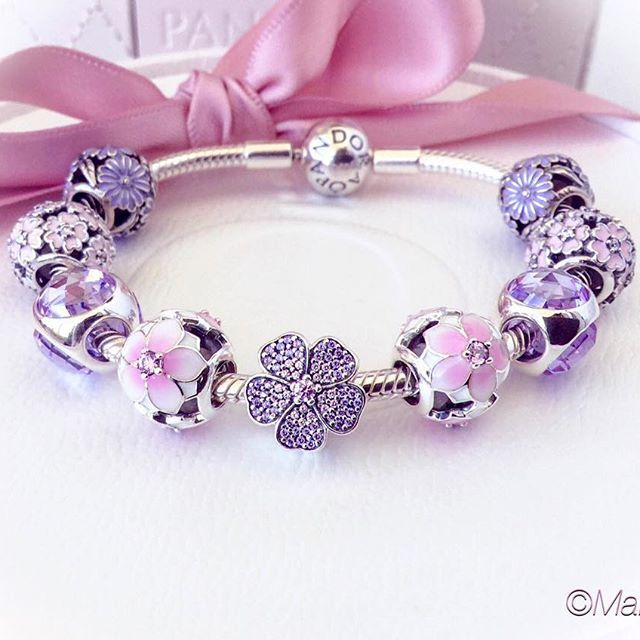 493 best Pandora Bracelet Designs images on Pinterest