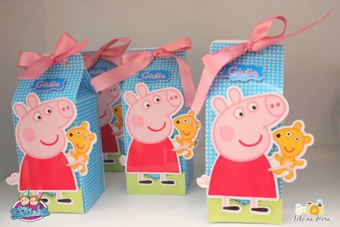 Peppa Pig themed birthday party via Kara's Party Ideas KarasPartyIdeas.com #peppapig #peppapigparty #peppapigcake (19)