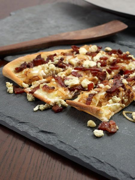 What's Your Favorite French Recipe? Cheesy Tarte Flambe? full recipe @ http://healthyrecipecollections.blogspot.com/    #french recipe #recipe #french #food