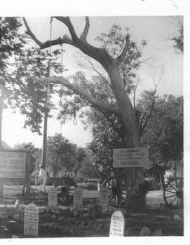 Hangman's tree. Dodge City