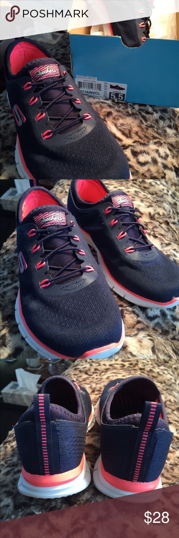 Ladies Skechers slip on sneakers Glider Zen navy/coral stretch fit memory foam sneakers very gently worn. Skechers Shoes Athletic Shoes