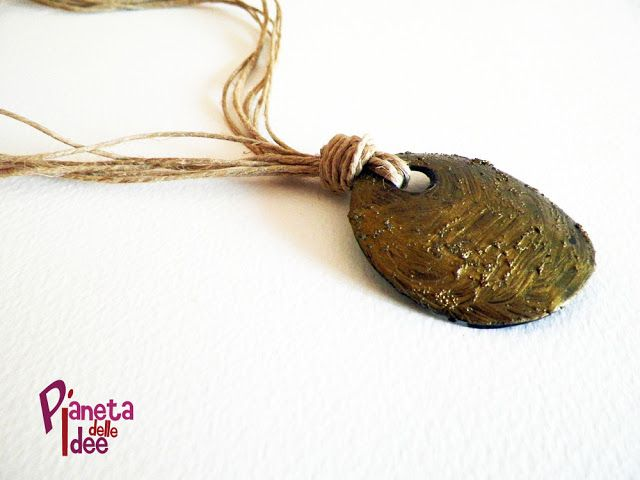 Come creare con una collana di spago e conchiglia! | Pianeta delle Idee