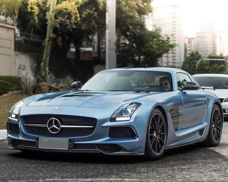 MB SLS Black series Z_litwhips