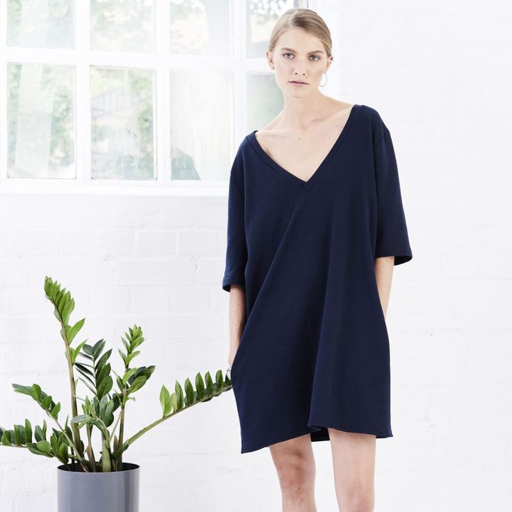 https://jannjune.com/product/dress-two-sided-navy/