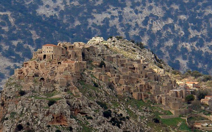 Anavatos, Chios. Abandoned village. www.mariailiaki.gr