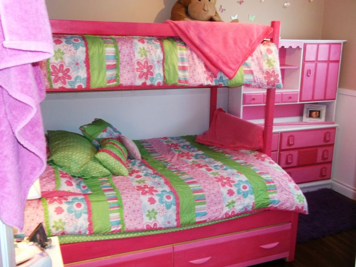 My Girlu0027s Hand Painted Bunk Bed And New Bedding.