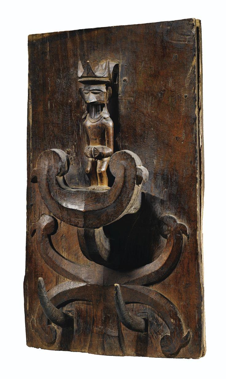 Panneau-autel, Île Nias, Indonésie | lot | Sotheby's