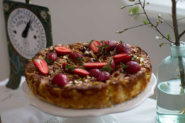 Gluten free, ricotta and almonds cake with strawberries topping.
