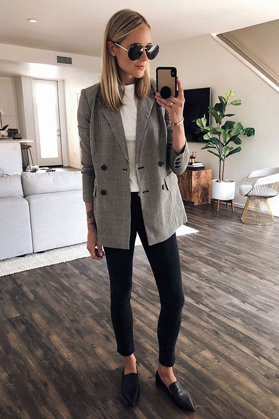 "35 Classy Office Wear for Fall: la fashion blogger ""Fashion Jackson"" indossa"