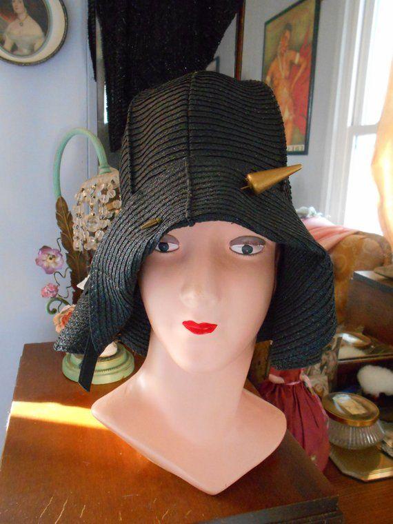 061dd052e8d87 Beautiful 1920 s Black Straw Flapper Downton Abbey Great Gatsby Helmet  Cloche Hat