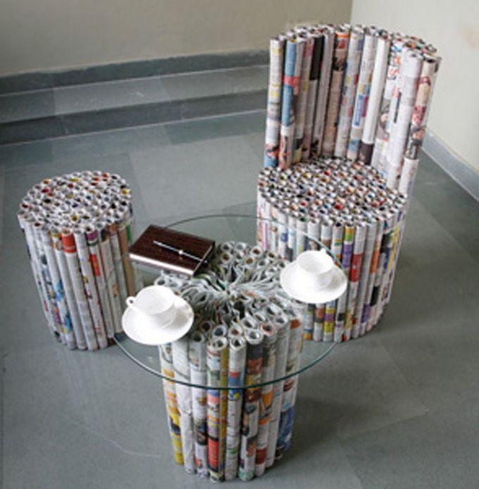 Sitzgarnitur aus Zeitschriften