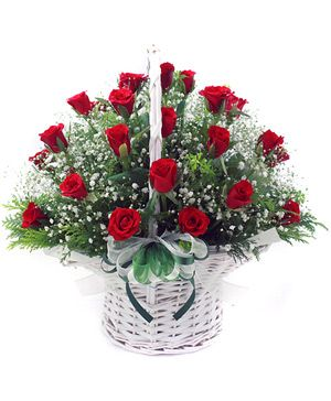 33 red rose be arranged in a flowers basket delivering in China - flowers deliver China