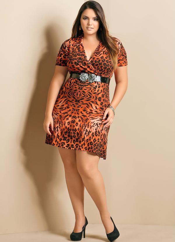 Vestido com Decote V Plus Size Animal Print - Quintess