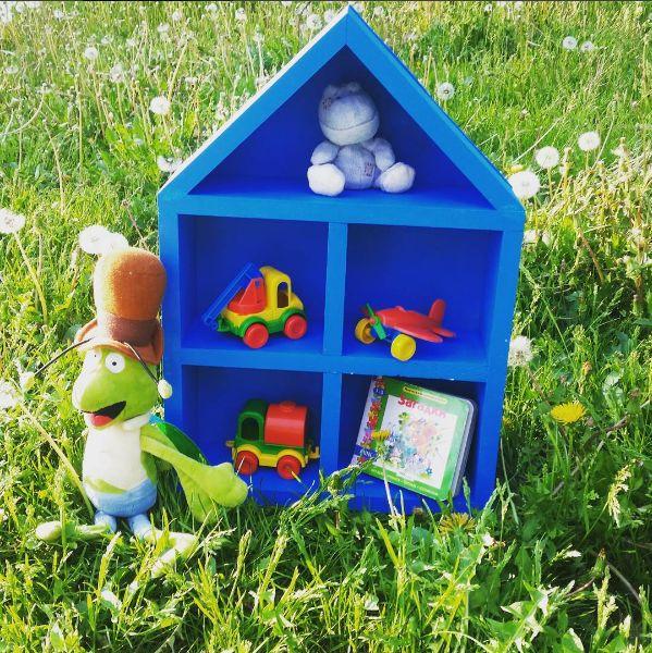 Супер красивый и практичный домик, не оставит вашего ребенка равнодушным. Счастливые часы за игрой с ним не оставят Вас равнодушными