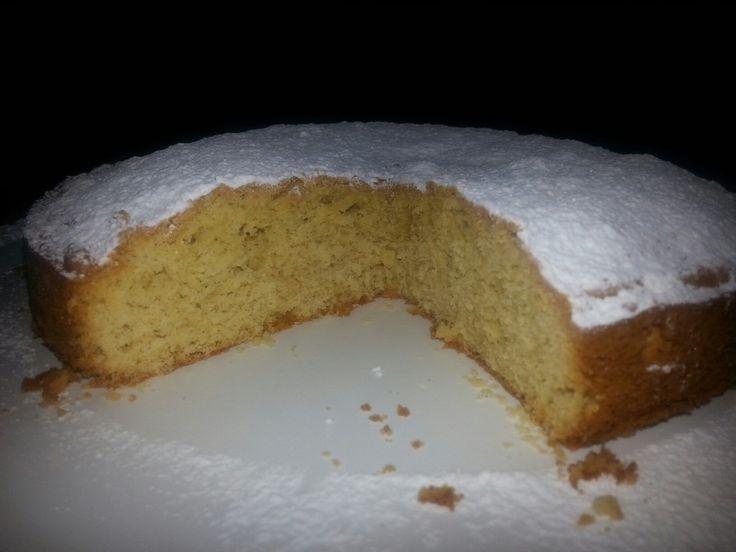 Torta margherita con yogurt senza zucchero