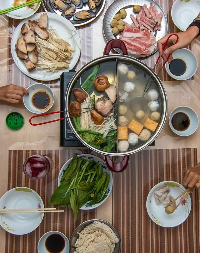 15 Traditional Chinese Food Dishes You Need To Try According To A Chinese Malaysian Chef In 2020 Traditional Chinese Food Chinese Street Food Chinese Dishes Recipes