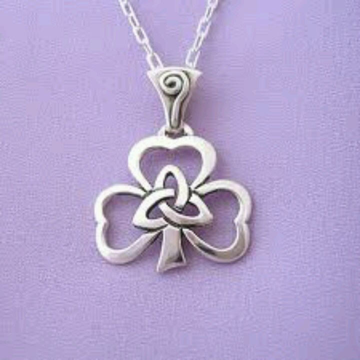 wow wish i wudda this in the past..she was irish n i have the trinity knot..wudda been great tat