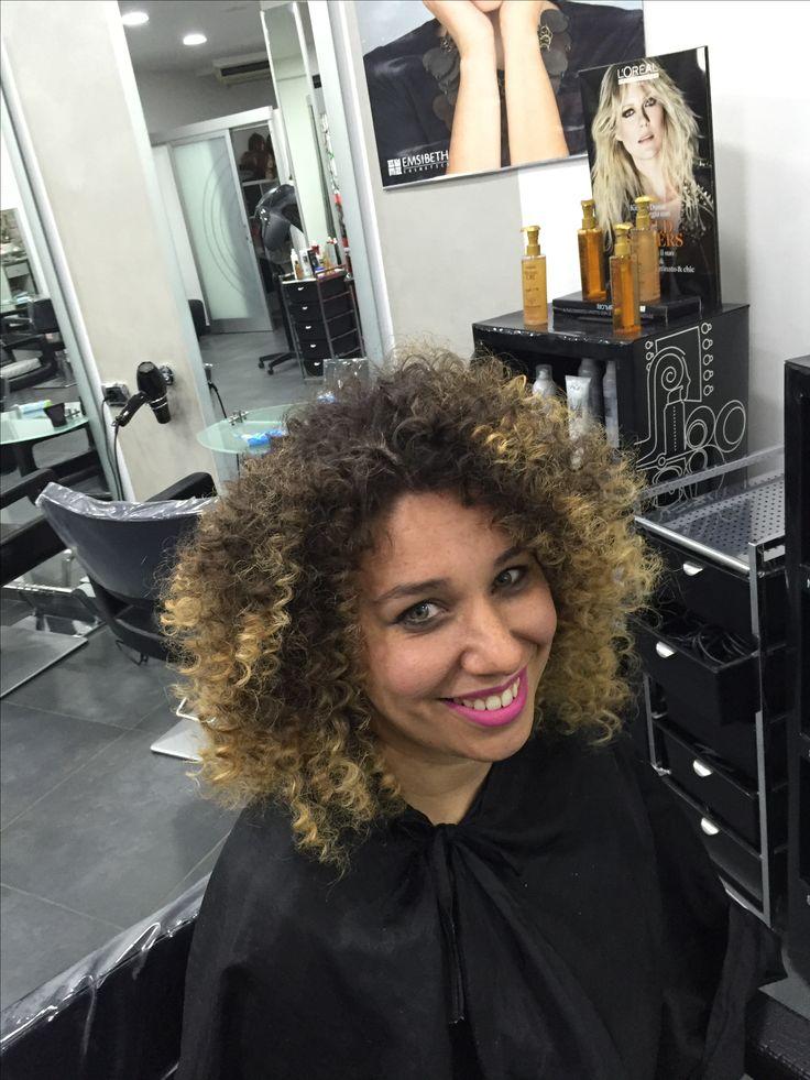 #riccioafro #riccio #afro #curl #haircurl #cut #haircut #womenhairstyle #hairstyle #style #hairgirl #danilo #girl #hairmodel #model  #smile #napolihair