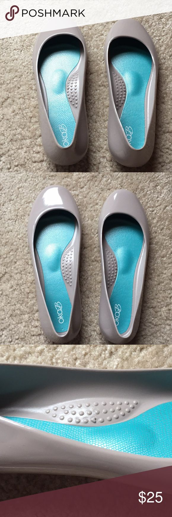 Oka b. Taylor Ballet Flats Size 7 Taupe Grey Light colored ballet flats. Recycle…