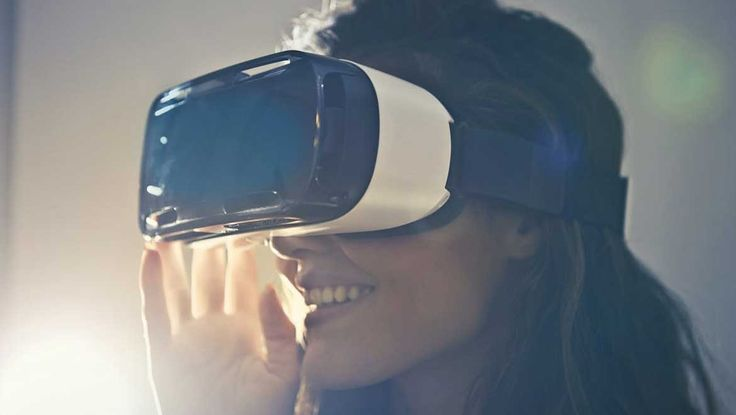 How Virtual Reality Will Change Several Industries in 2018