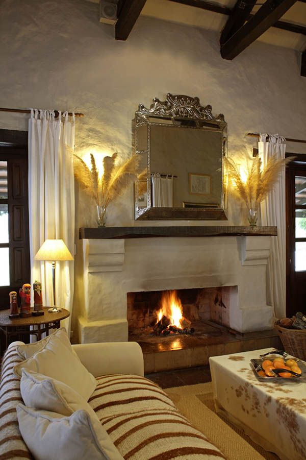 86 best fireplace images on pinterest fire places for Living room quechua