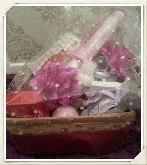 Adult Birthday Pamper Hamper, made to order. Visit www.bespokebabyhampers.co.uk #birthday #pamperhamper #hamper #giftideas