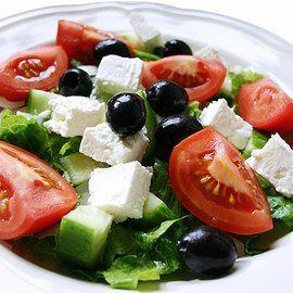 Греческий салат на скорую руку