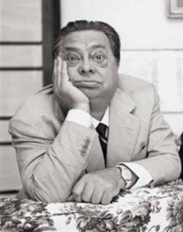 Aldo Fabrizi - Attore, regista, sceneggiatore, produttore e poeta italiano.  Dotato di grande espressività, nel corso della sua carriera ha avuto modo di misurarsi sia in ruoli comici che drammatici.  Insieme ad Alberto Sordi e Anna Magnani, è stato una personalità essenziale per quanto riguarda la rappresentazione della romanità nel cinema.