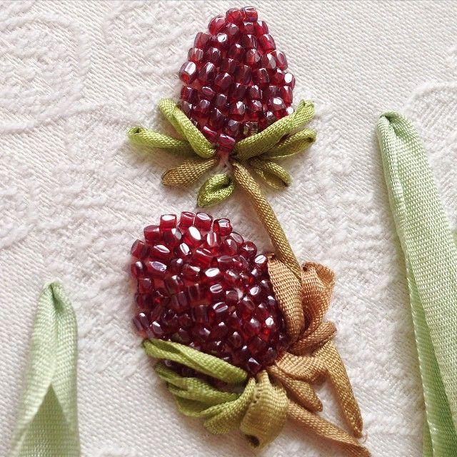 #embroidery #вышивка #бисер #богемскийбисер #шёлковыеленты #ribbon #silkribbonembroidery#julia_glin