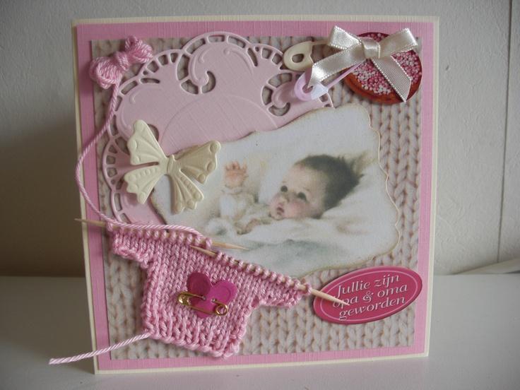 Geboortekaart voor meisjes met roze gebreid truitje...Birth announcement for á baby girl with knitted pink sweater ..