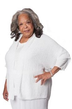 Della Reese | UPtv.com - TV Shows - Television Shows – uplifting entertainment – Family Movies, Series, Music