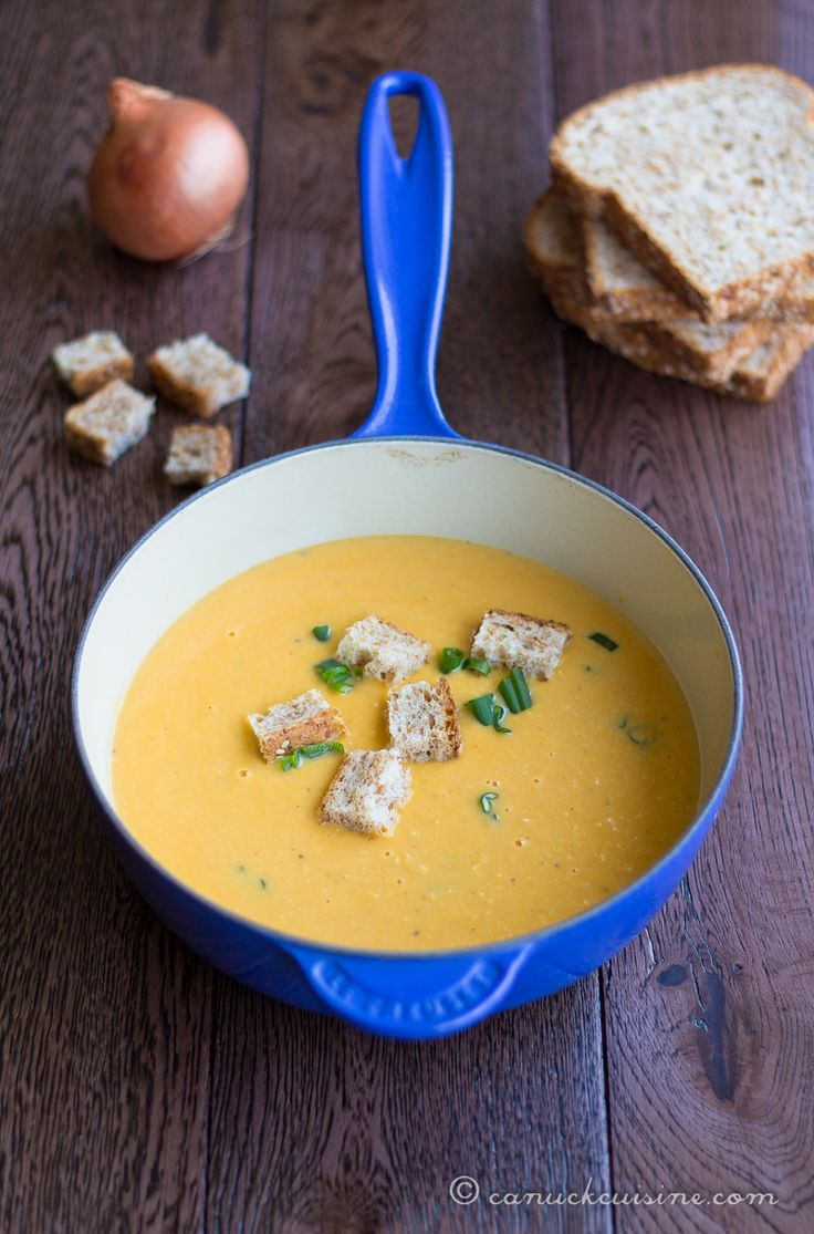 15 Minute Creamy Sweetcorn Soup. Sub chicken stock for vegetable broth. Add pureed garbanzo beans for more protein!