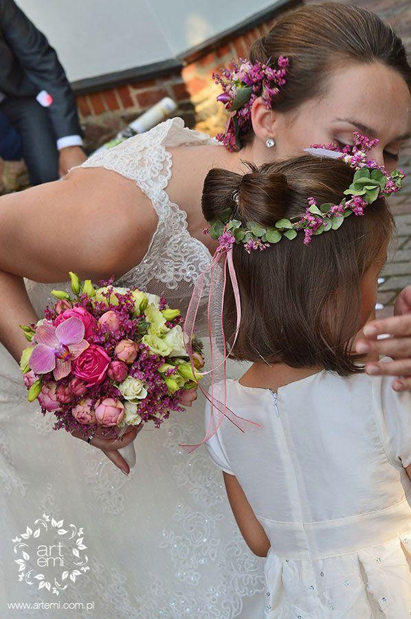#artemi #bukiet #weddingday #slub #wedding #bouquet #bride #panna_mloda #wianek #druhenka #coronet #ring #kwiaty #flowers https://www.facebook.com/ArtemiPracowniaFlorystyczna www.artemi.com.pl