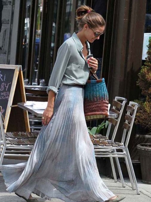 Olivia Palerno la lleva con estampados de colores