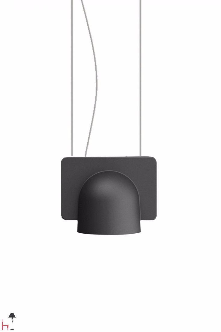 Designed by Studio Klass for FontanaArte, Igloo 1 is part of a family of suspension lamps in a series of down-light or up- and down-light configurations.