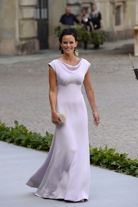 Sofia Hellqvist, the girlfriend of Prince Carl Philip of Sweden, who chose a simple yet striking lavender gown