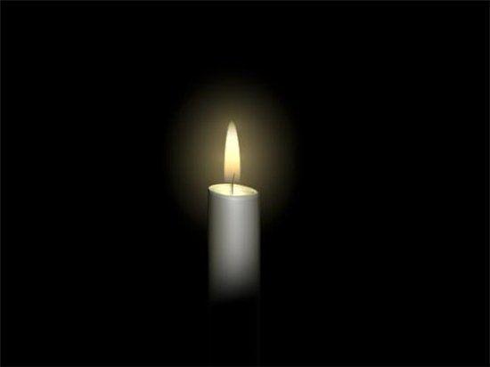 Prende en algún rincón de tu casa una vela plateada en honor a La Luna y ella cuidara durante todo el año de los asuntos domésticos, de la familia, de la paz y la armonía entre todos los que forman parte de tu vida sentimental