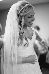 Jan 31, 2020 - 21 süße & romantische Hochzeitsfrisuren mit Schleier für 2019 – Seite 3 von 21 – HAIRST … #hairst #hochzeitsfrisuren #romantische #schleier - New Site 21 sweet & romantic wedding hairstyles with veils for 2019 - page 3 of 21 - HAIRST ... #hairst #hochzeitsfrisuren #romantische #veil - This image has get 13 repins. Author: Hairstyle Suelto #amp #HAIRST #hairstyles #Page #romantic #site #Sweet #veils #Wedding