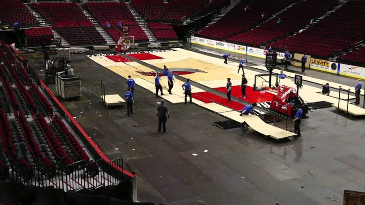 Watch Moda Center transform from basketball court to hockey rink (time-l...