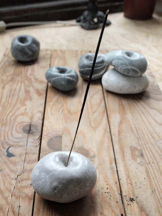 incense holder - hand cutted sea pebble from Sicily - creamy marble