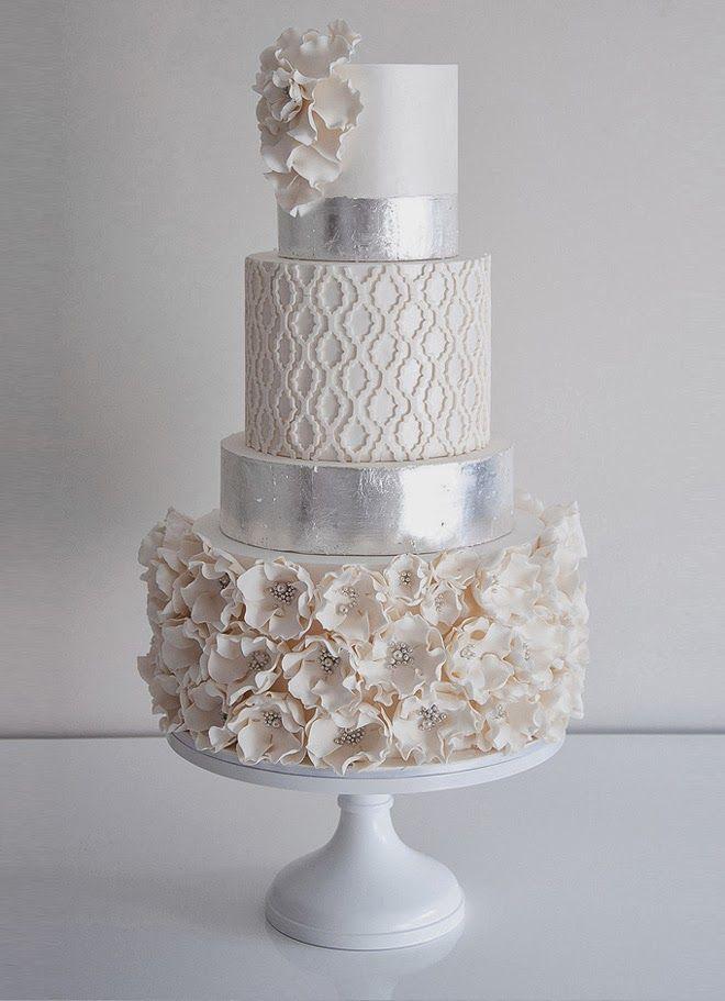 Hochzeitstrends: Metallic Cakes – Belle the Magazine. Der Hochzeitsblog für die …   – Gorgeous Wedding Cakes!